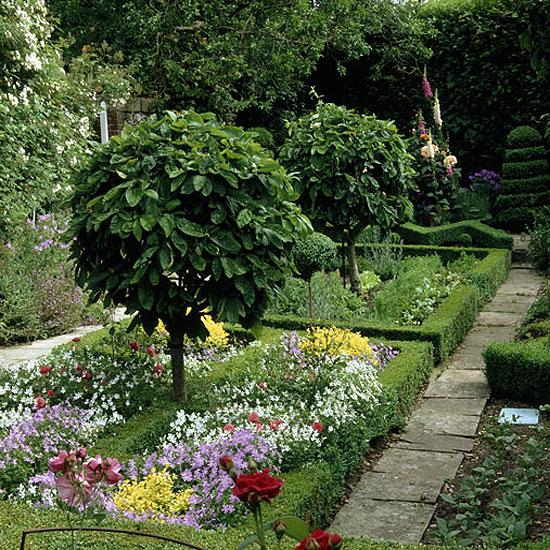 10 полезных советов, как сделать сад красивым - Фото 64